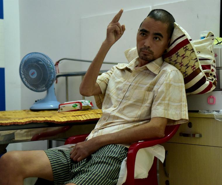 Nghệ sĩ nghèo: Người bệnh không tiền đóng viện phí, kẻ sống tạm bợ qua ngày - 4