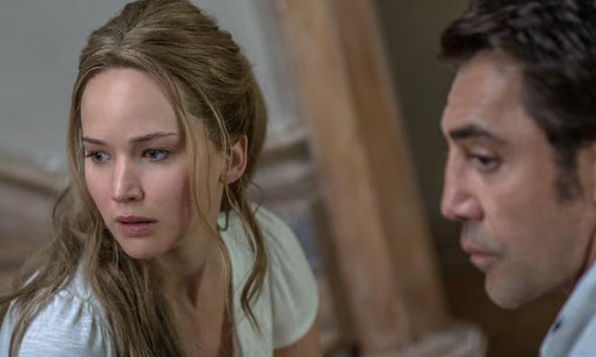 Phim kinh dị của Jennifer Lawrence gây phản ứng trái ngược ở LHP Venice - 2