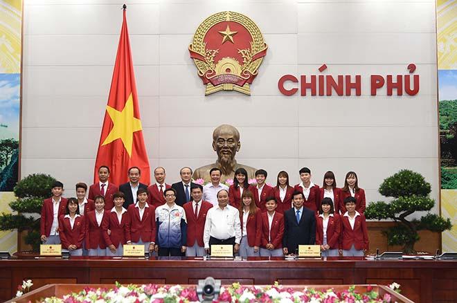 Thủ tướng khen ngợi điền kinh Việt Nam lần đầu tiên vượt Thái Lan - 5