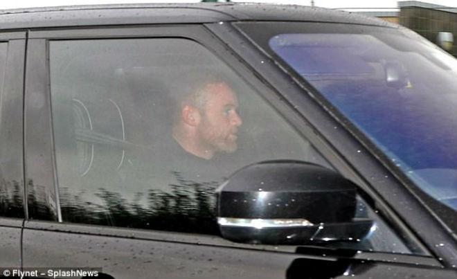 Rooney rời MU, dính scandal: Vợ sắp mất, nghiệp sắp tan - 1