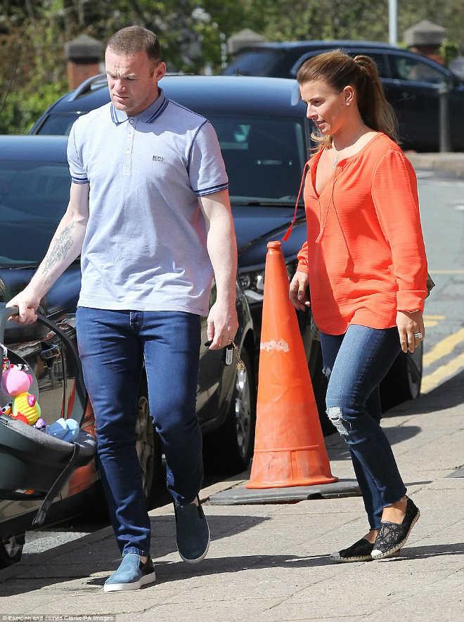 Rooney rời MU, dính scandal: Vợ sắp mất, nghiệp sắp tan - 2