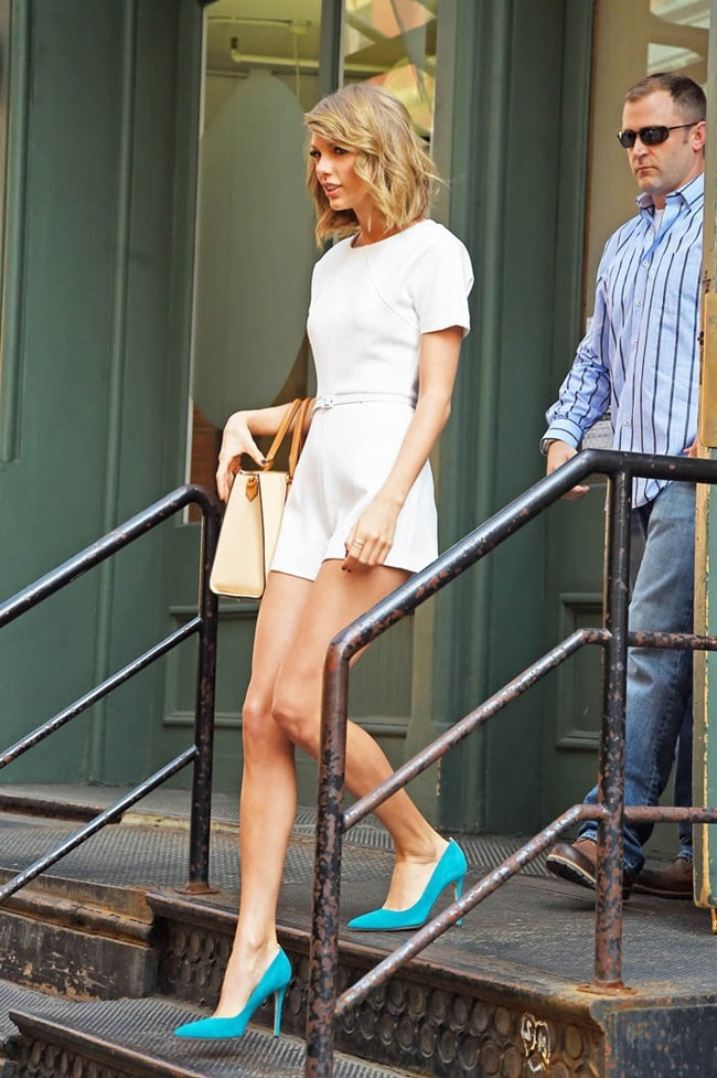 Vòng 1 bỗng nảy nở, Taylor Swift vướng nghi vấn dao kéo - 7