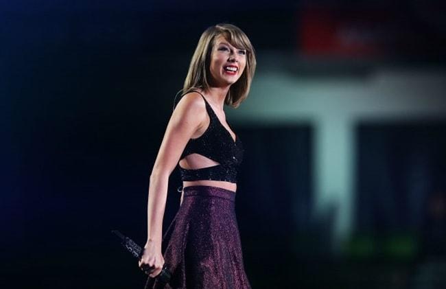 Vòng 1 bỗng nảy nở, Taylor Swift vướng nghi vấn dao kéo - 11