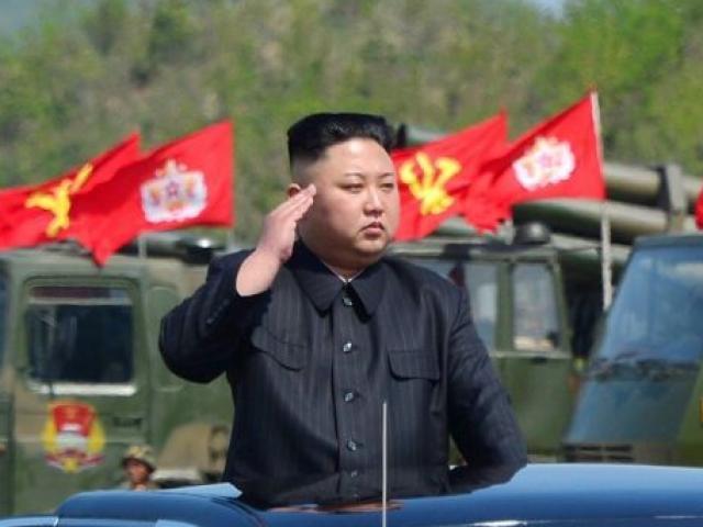 Điều khiến Mỹ-Hàn chùn tay, không dám ám sát Kim Jong-un