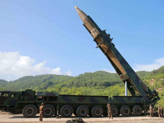 Điều khiến Mỹ-Hàn chùn tay, không dám ám sát Kim Jong-un - 2