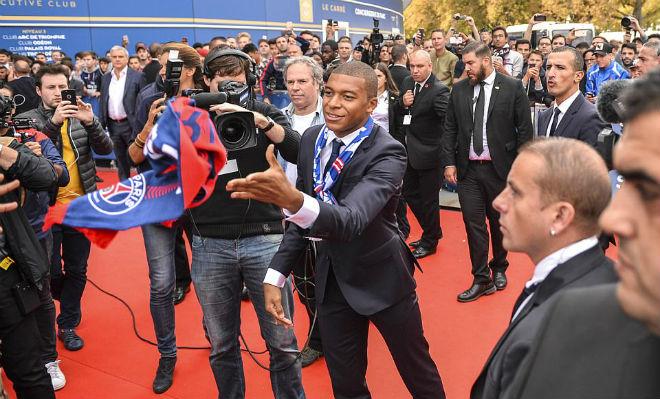 """PSG náo loạn vì """"Bom tấn"""" Mbappe 180 triệu euro: Từng suýt đến Arsenal - 3"""
