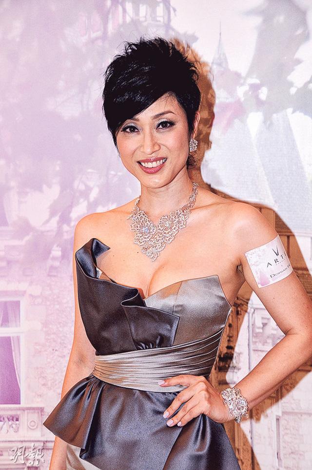 Nghịch cảnh của dàn mỹ nhân từng đoạt giải Hoa hậu Hong Kong - 6