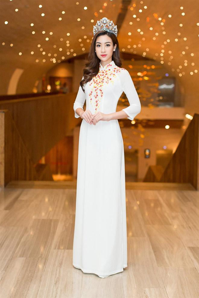 """Hoa hậu Lào """"xinh như tiên"""" lần đầu đọ sắc Đỗ Mỹ Linh - 7"""