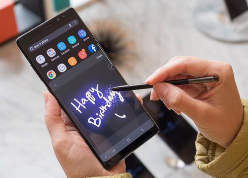 """Galaxy Note 8 hoàn thiện nhưng đã đủ sức khiến iPhone 8 """"mất máu""""? - 3"""