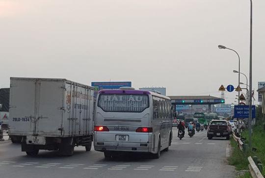 Vụ trạm thu phí quốc lộ 5: Đã triệu tập một số tài xế - 2
