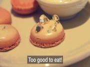 """""""Phát sốt"""" với món kem dát vàng, gắn kim cương chỉ đại gia mới dám thử"""