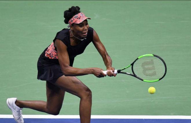 Venus Williams – Sloane Stephens: Siêu kịch tính sau 3 set (Bán kết US Open) - 1