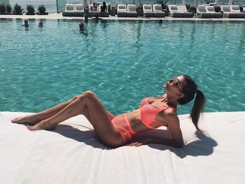 Quên Irina Shayk đi, nước Nga còn lắm mỹ nữ sexy hơn - 8