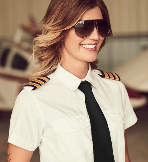 Rụng tim với 3 nữ phi công xinh đẹp khác nào hoa hậu - 2