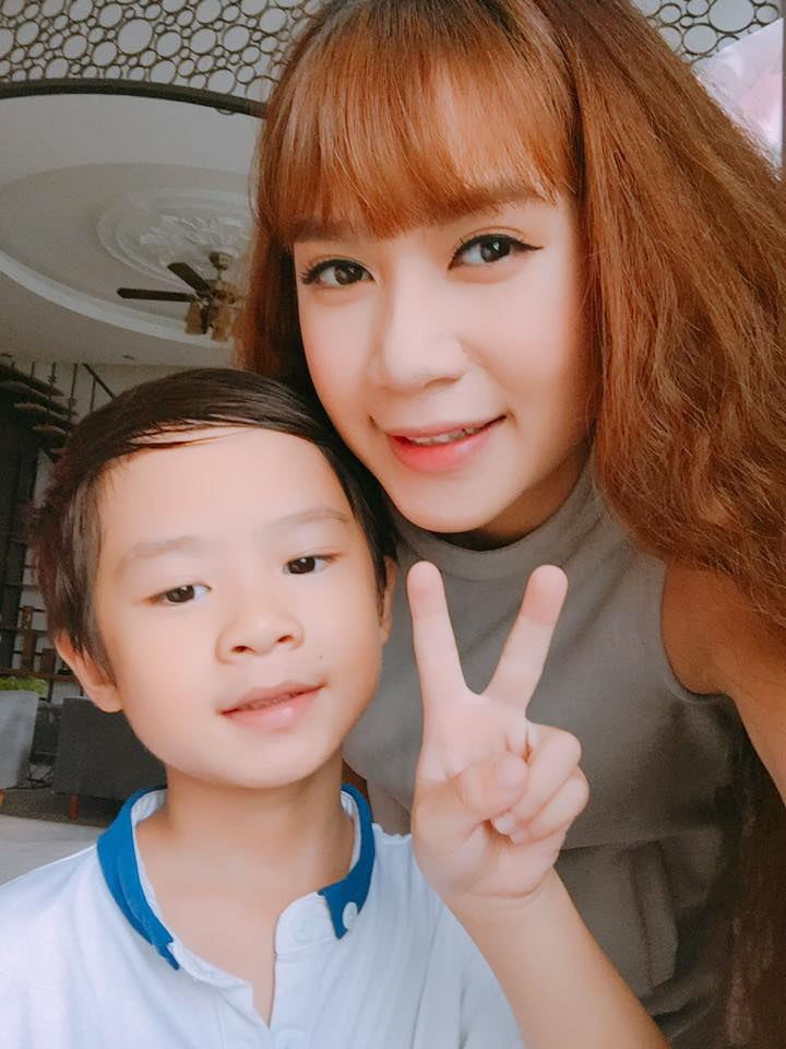 """Jennifer Phạm, vợ Lý Hải...3, 4 con vẫn đẹp """"đốn tim"""" đấng mày râu - 3"""