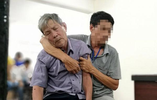 Vì sao cụ ông hiếp dâm bé gái được về nhà sau tuyên án? - 1