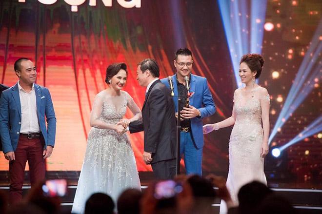 """NSND Khải Hưng tiếc cho """"mẹ chồng"""" Lan Hương tại VTV Awards - 2"""