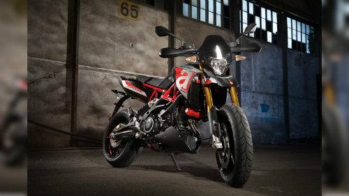 2018 Aprilia Dorsudoro đủ sức đấu Ducati Hypermotard - 4