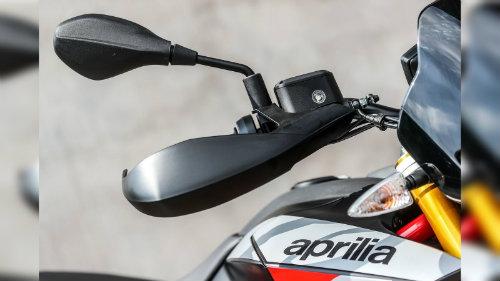 2018 Aprilia Dorsudoro đủ sức đấu Ducati Hypermotard - 6