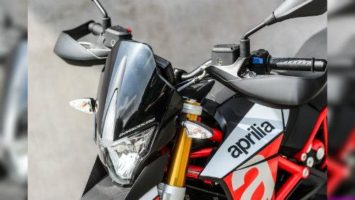 2018 Aprilia Dorsudoro đủ sức đấu Ducati Hypermotard - 5