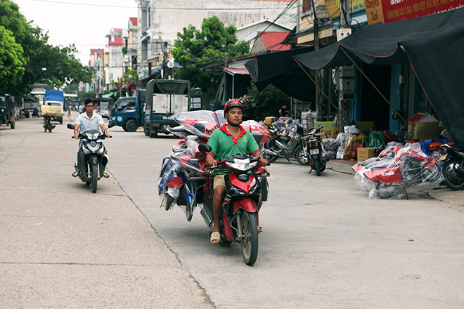 """Đột nhập """"thủ phủ"""" sản xuất """"xe Camry, Lexus"""" lớn nhất Việt Nam - 1"""