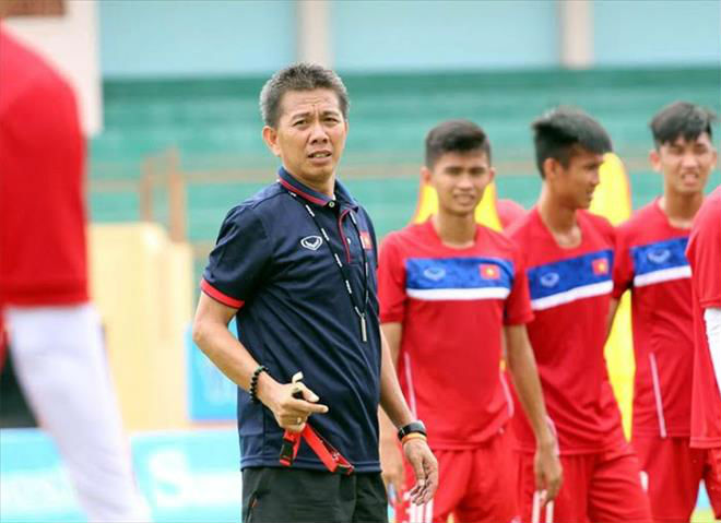 U18 Việt Nam - U18 Philippines: Đại thắng để tiếm ngôi đầu - 1