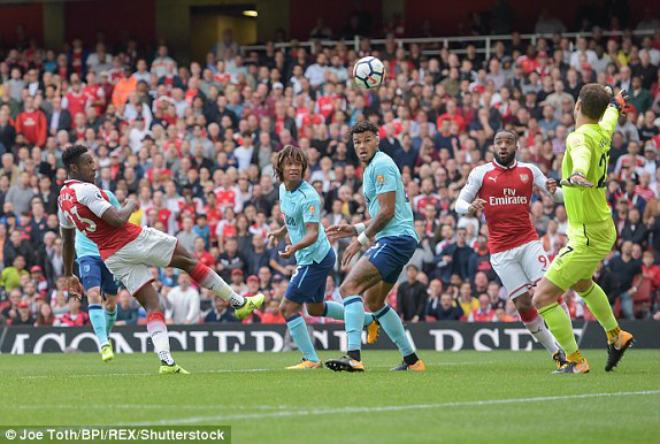 Arsenal - Bournemouth: Tấn công mãnh liệt, song sát lên tiếng - 1