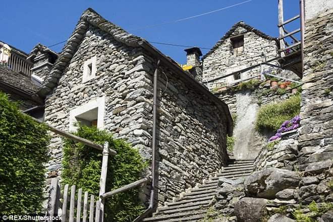 Ngôi làng Thụy Sĩ khốn khổ vì không có trẻ em - 3