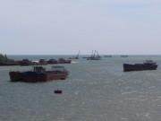 Tin tức trong ngày - Trục vớt quả ngư lôi nặng 240kg ở cửa biển Quảng Trị