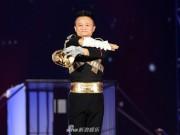Tỷ phú giàu nhất Trung Quốc gây sốt khi nhái Michael Jackson