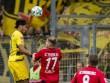 Freiburg - Dortmund: 63 phút hơn người, sức ép ngàn cân