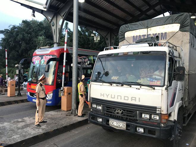 Toàn cảnh trạm thu phí BOT Biên Hòa xả trạm - 7
