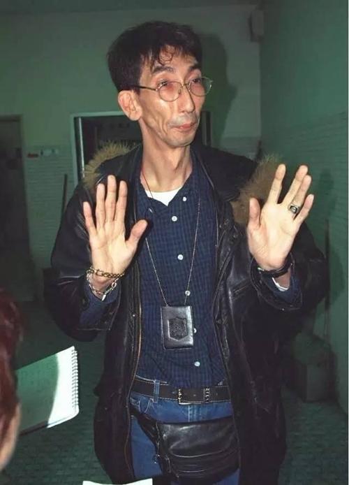 Cuộc sống chật vật của sao nam xấu nhất màn ảnh Hong Kong - 1