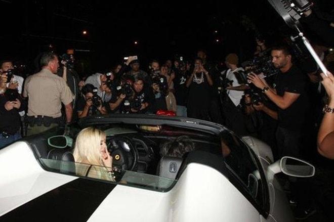 Hot girl phồn thực đình đám nhất thế giới giàu có đến mức nào? - 11