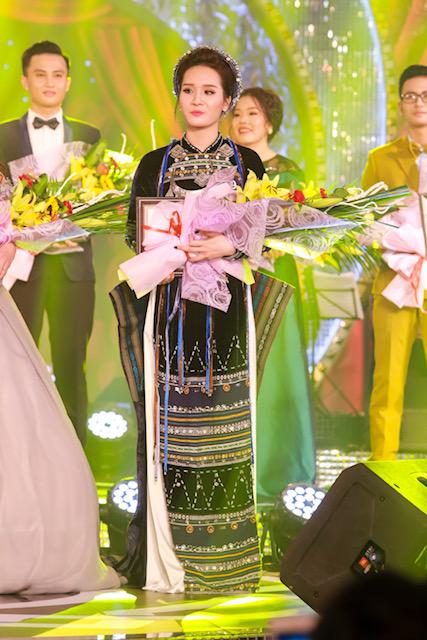 Cô gái xinh như Hoa hậu vào chung kết xếp hạng Sao mai 2017 dòng thính phòng - 3