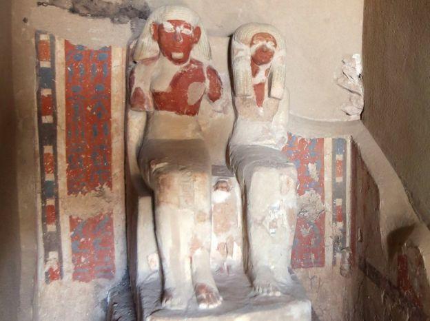 Phát hiện mộ Ai Cập 3.500 năm chứa đầy xác ướp, trang sức - 3