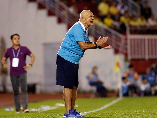 HLV vô địch cup C1 nói gì về cơ hội làm HLV ĐT Việt Nam?