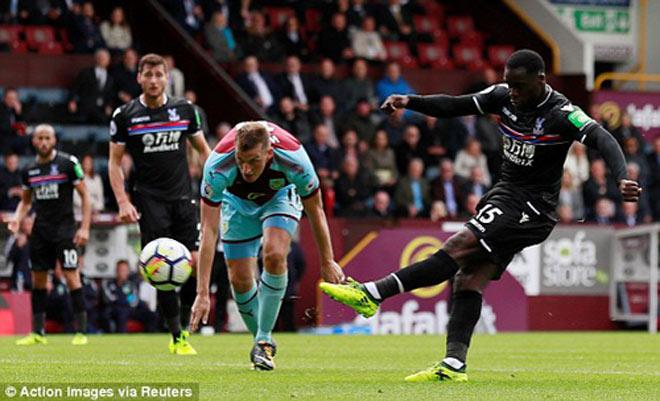 Burnley - Crystal Palace: Tinh quái chớp cơ hội, 3 điểm ngọt ngào - 1