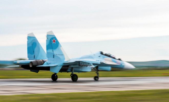 11 hình ảnh ấn tượng về chiến đấu cơ Su-30SM mới nhất của Nga - 6