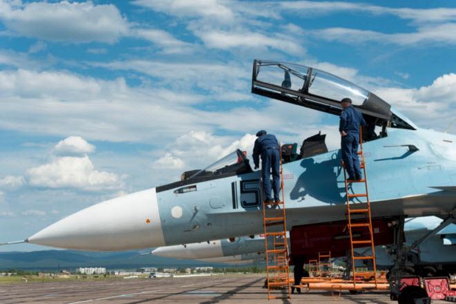 11 hình ảnh ấn tượng về chiến đấu cơ Su-30SM mới nhất của Nga - 2