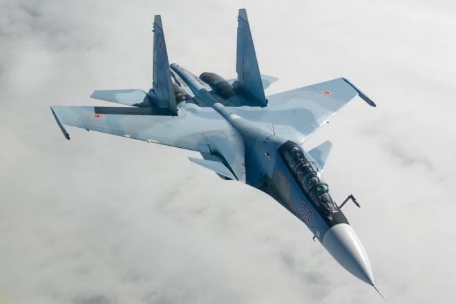 11 hình ảnh ấn tượng về chiến đấu cơ Su-30SM mới nhất của Nga - 9