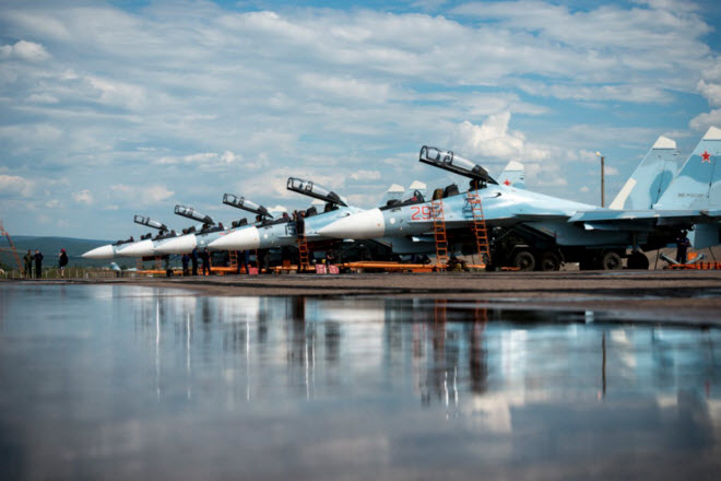 11 hình ảnh ấn tượng về chiến đấu cơ Su-30SM mới nhất của Nga - 11