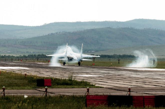 11 hình ảnh ấn tượng về chiến đấu cơ Su-30SM mới nhất của Nga - 7