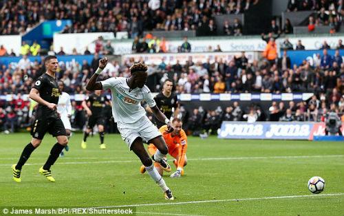 Chi tiết Swansea - Newcastle: Bất lực mất 3 điểm (KT) - 5