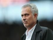 Bóng đá - MU bị cầm hòa đau đớn, Mourinho không lo mất ngôi đầu bảng
