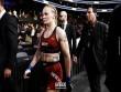 UFC: Đấm nhiều hơn vẫn thua, mỹ nhân cay cú phát điên