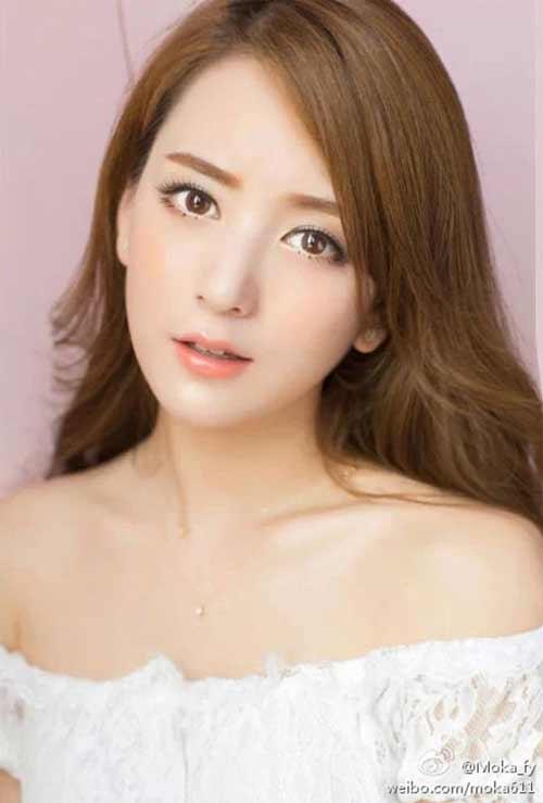 """Vợ đẹp kém 22 tuổi của """"Thiên Vương"""" Quách Phú Thành quá khêu gợi, nuột nà - 13"""