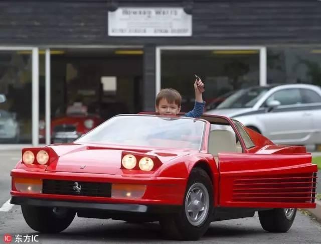 Không thể tin nổi chiếc xe đồ chơi này đắt gấp 2 lần BMW - 6