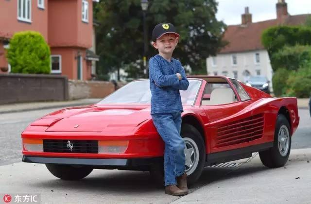 Không thể tin nổi chiếc xe đồ chơi này đắt gấp 2 lần BMW - 4