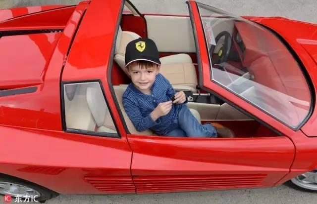 Không thể tin nổi chiếc xe đồ chơi này đắt gấp 2 lần BMW - 5